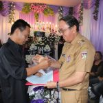 Selain Menghadiri, Bupati ROR Berikan Penghiburan Terhadap Keluarga Yang Berduka di Desa Rere
