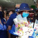 Penuhi Janji, Bawa SK Nasdem, VAP Disambut Pengalungan Bunga